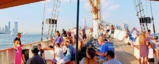 Passeio de veleiro clássico em Nova York