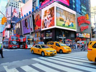 Táxis na hora do rush em Nova York