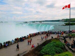 Passeio de Nova York para o Canadá