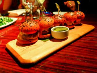 Melhor Hambúrguer em Nova York - STK Sliders