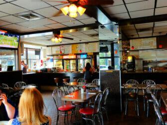 Café da manhã em Nova York - Interior do Hector's