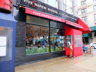 Five Napkin Burger em New York