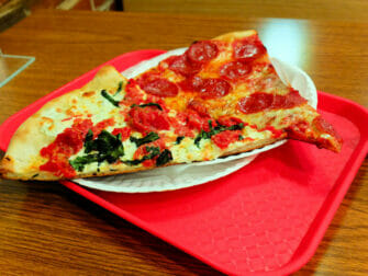 NY Pizza Suprema em NYC