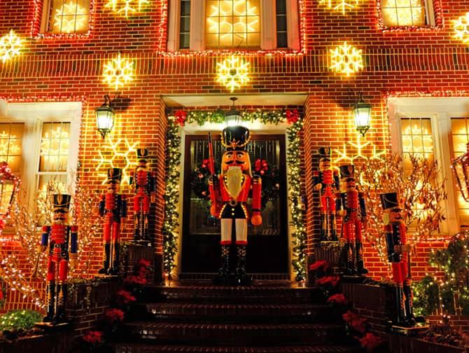Clima de Natal em Nova York - Decorações Dyker Heights