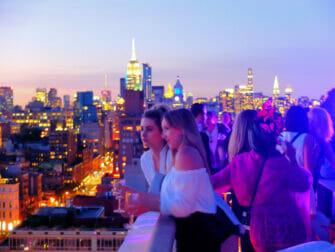 Os melhores bares em coberturas de Nova York - Pôr do Sol no The Roof