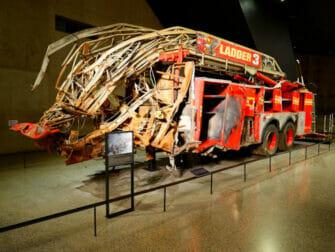 Museu 11 de Setembro em Nova York - Caminhão dos bombeiros