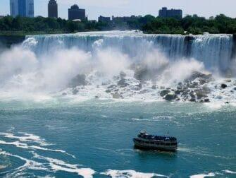 Passeio de Nova York para Niagara Falls de 2 dias - Passeio de Barco