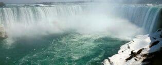 Passeio para Niagara Falls de avião particular