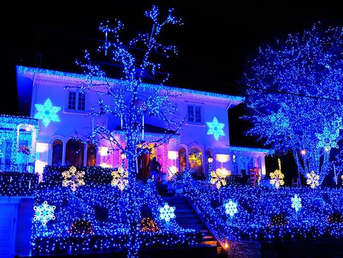 Dyker Heights Christmas Lights - Luzes Azuis