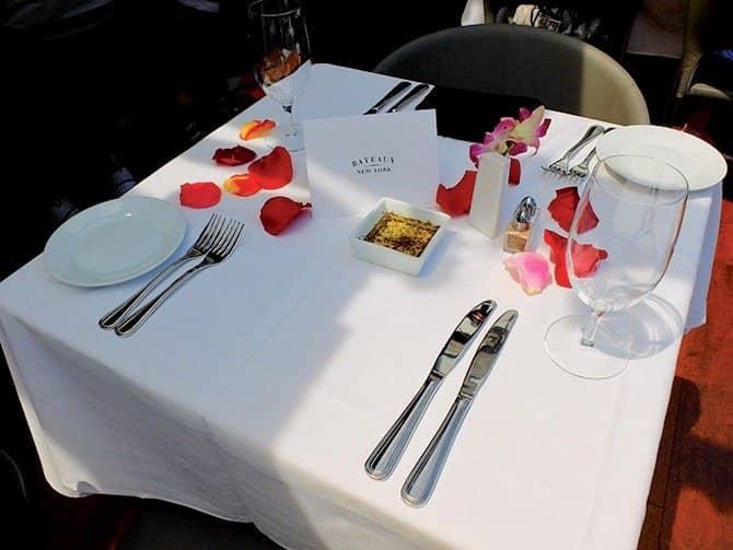 Cruzeiro com almoço no Bateaux em Nova York - Almoço romântico