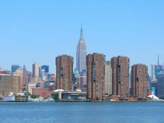 NYC Ferry em Nova York - Empire State Building