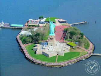 Passeio de Helicóptero em Nova York - Estátua da Liberdade