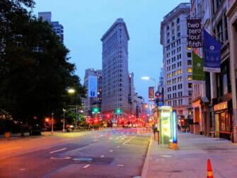 Flatiron Building em Nova York - À Noite