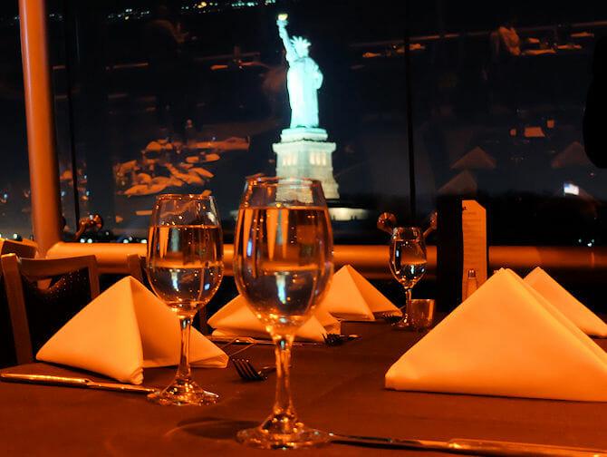 Cruzeiros-Jantar em Nova York
