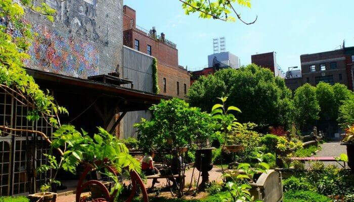 Os parques de Nova York - Elizabeth Street Garden