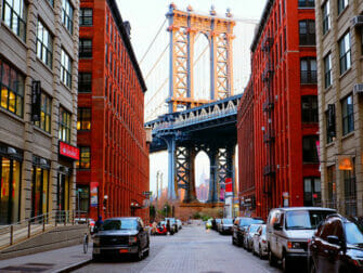 Manhattan Bridge em Nova York - Com o Empire State Building