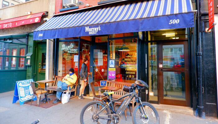 Os melhores cafés e bagel bars de Nova York - Murrays Bagels